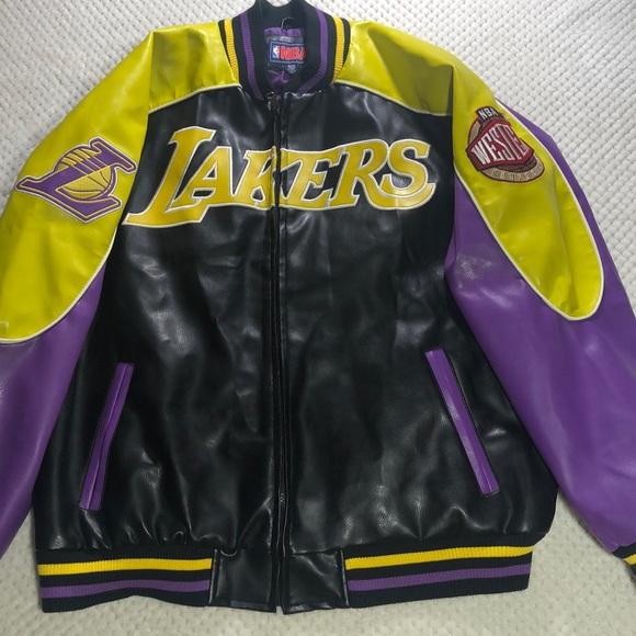 484938cf2f4 Los Angeles Lakers Bomer Jacket XL. M 5be641866a0bb72d5eacf524